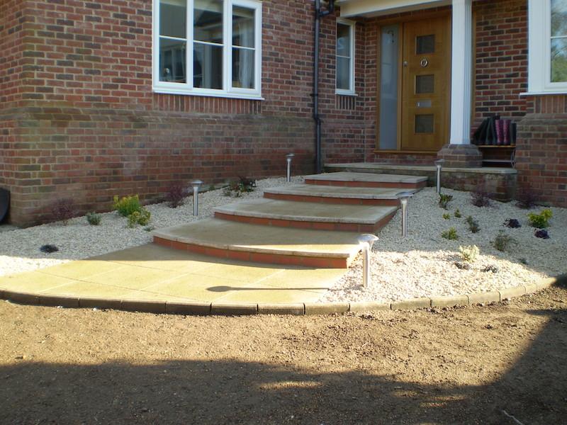 Garden paths garden steps garden design garden rooms for Garden step designs uk